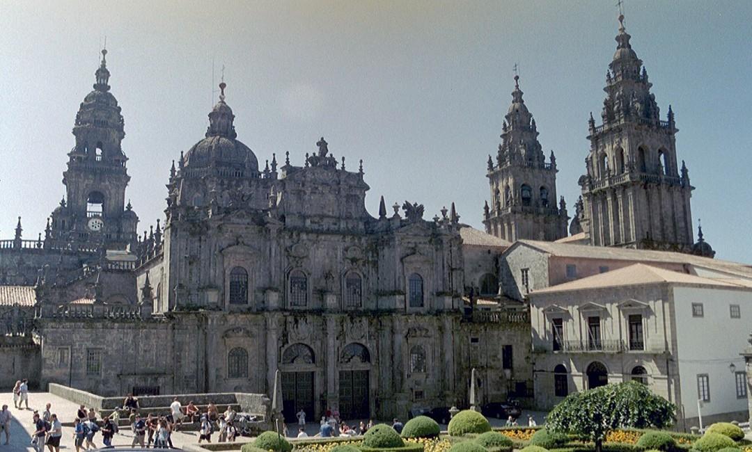 """""""Il cammino di Santiago de Compostela e il suo diritto"""" – Conferenza della Prof.ssa Maria Teresa Carballeira Rivera"""